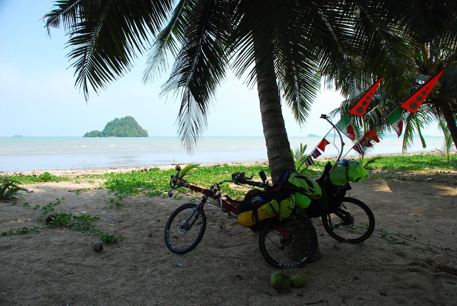 thailand-cambodia-on-recumbents